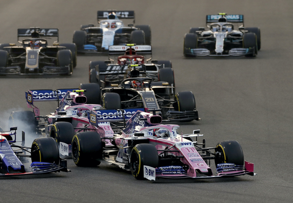 Abu Dhabis Grand Prix 2019. Racing Point under starten hvor Pierre Gasly rammes af Lance Stroll